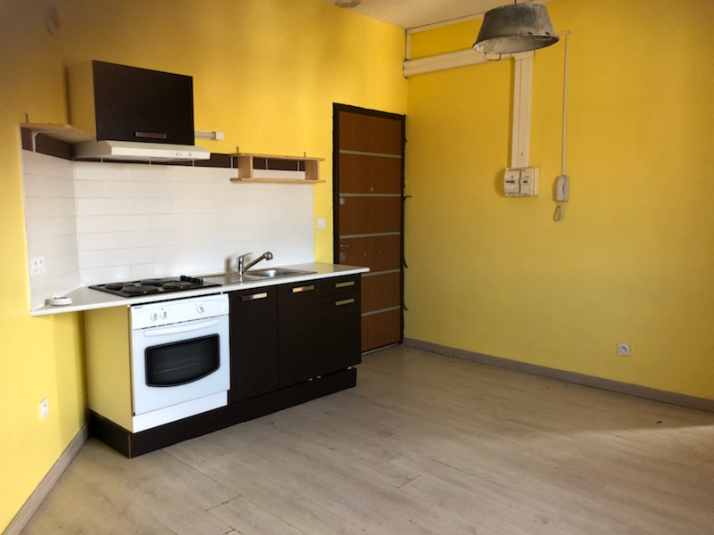 Location Lunel Appartement  35 m2
